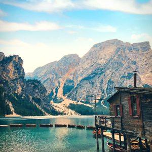 Het boothuisje van Lago di Braies