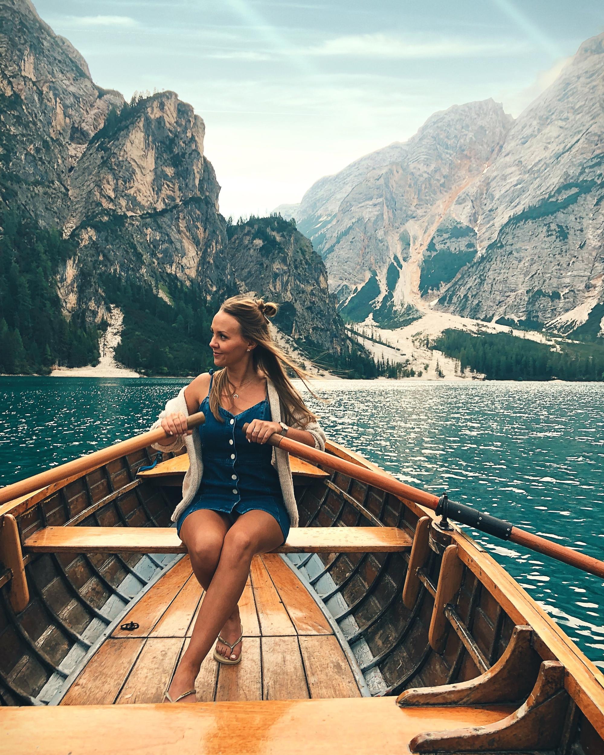 De iconische roeibootje van Lago di Braies