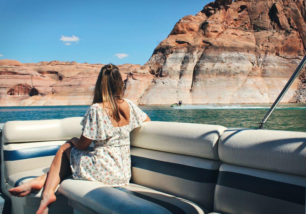 Lake Powell boat trip Page Arizona