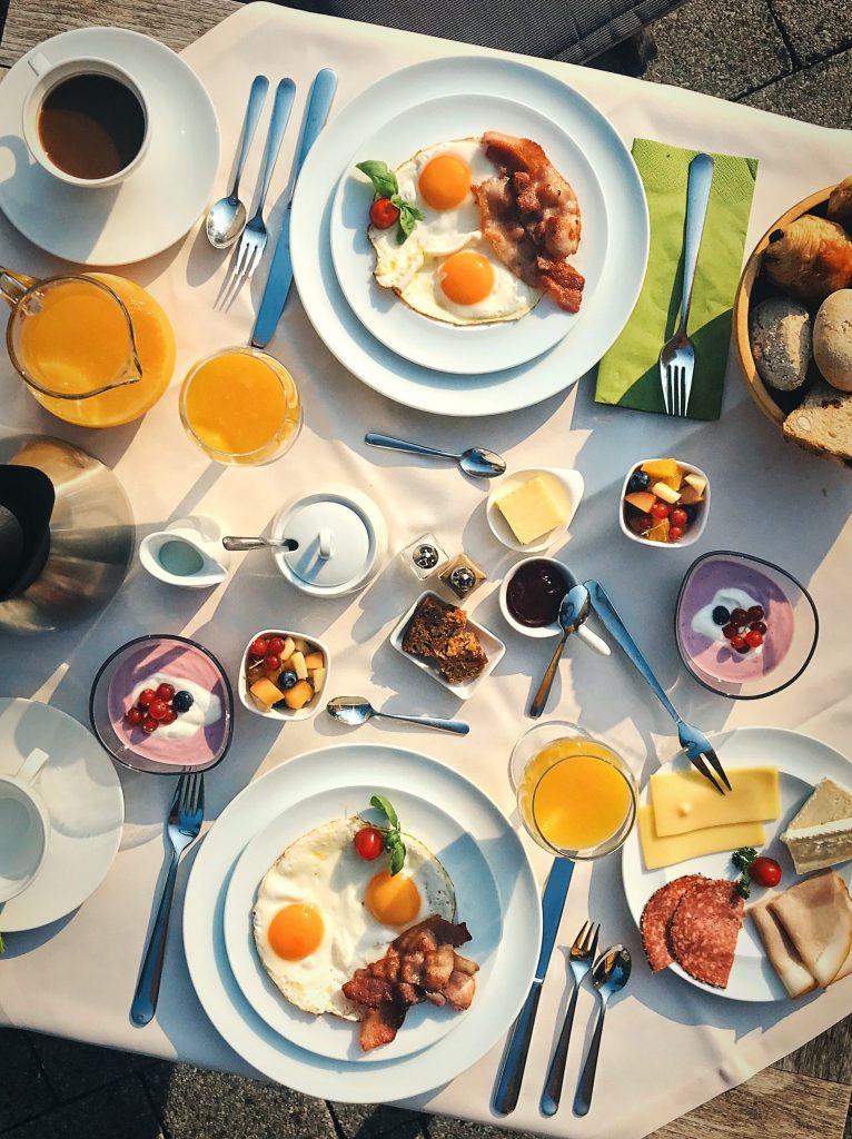 Ontbijttafel B&B De Meren