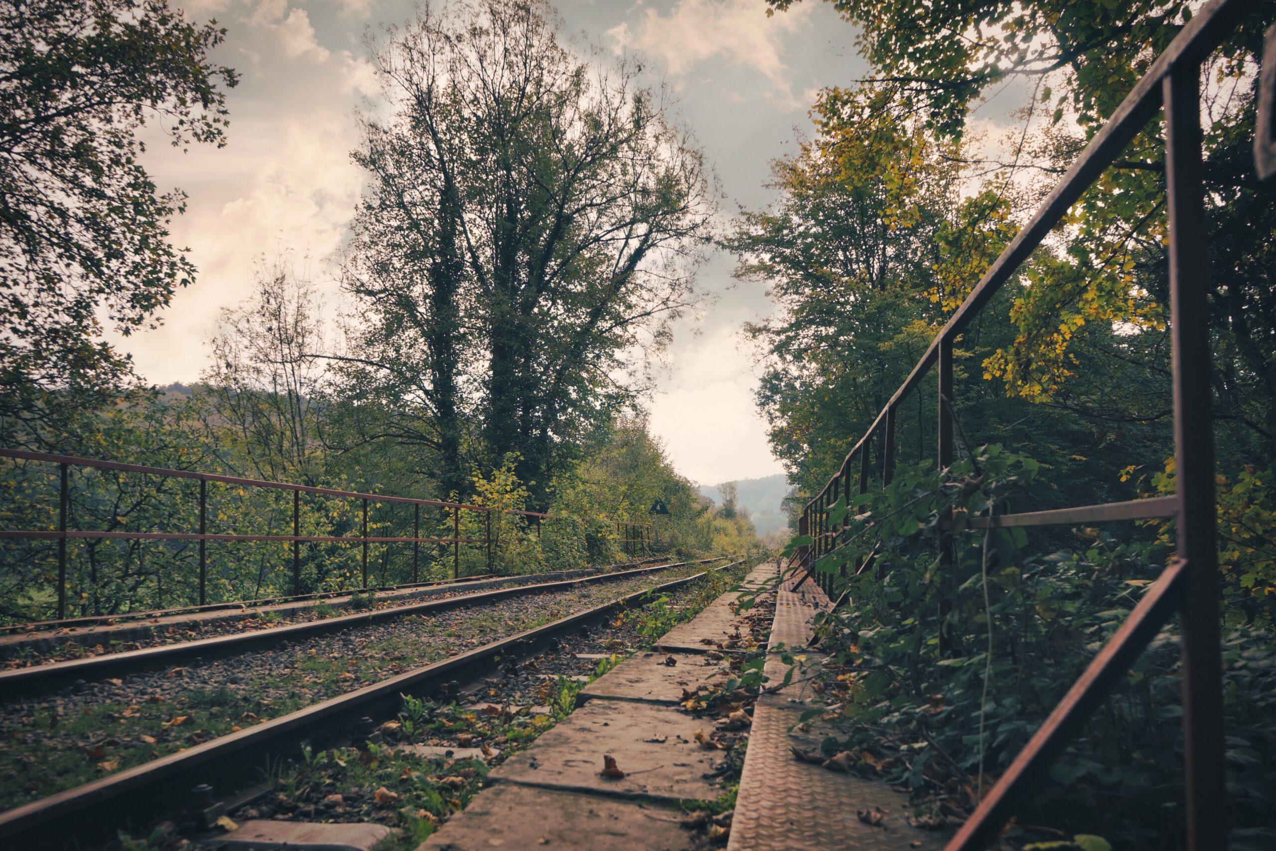 Fotogenieke spoorwegbrug Nismes