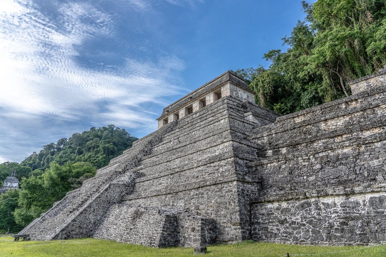 Tijdreizen met gezelschapsspellen naar de Maya's en Inca's
